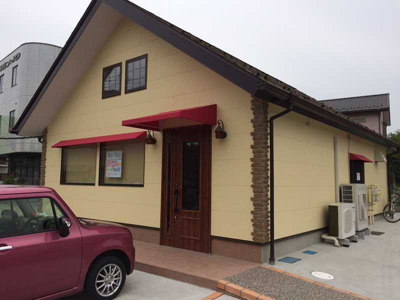 毛呂山町でデザインテント新規製作を行いました。